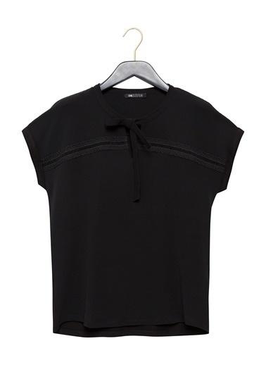 Vekem-Limited Edition Yakası Bağlamalı Kısa Kol Bluz Siyah